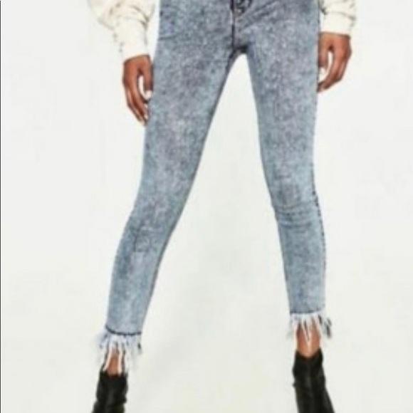 Zara Traf Acid Wash Fringe Jeans